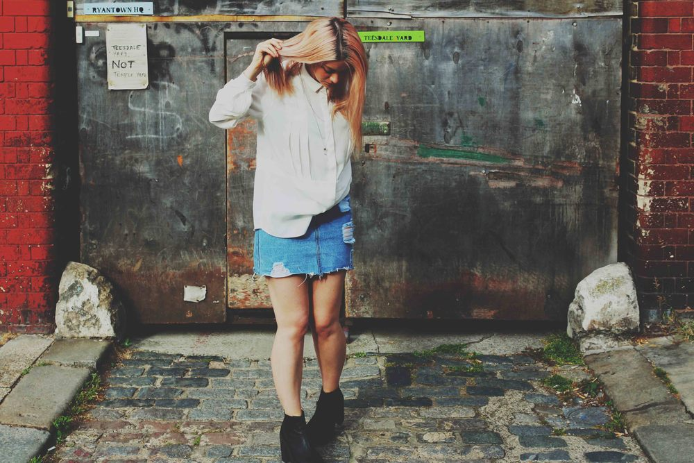 northern.magpie.denim.skirts.white.shirts