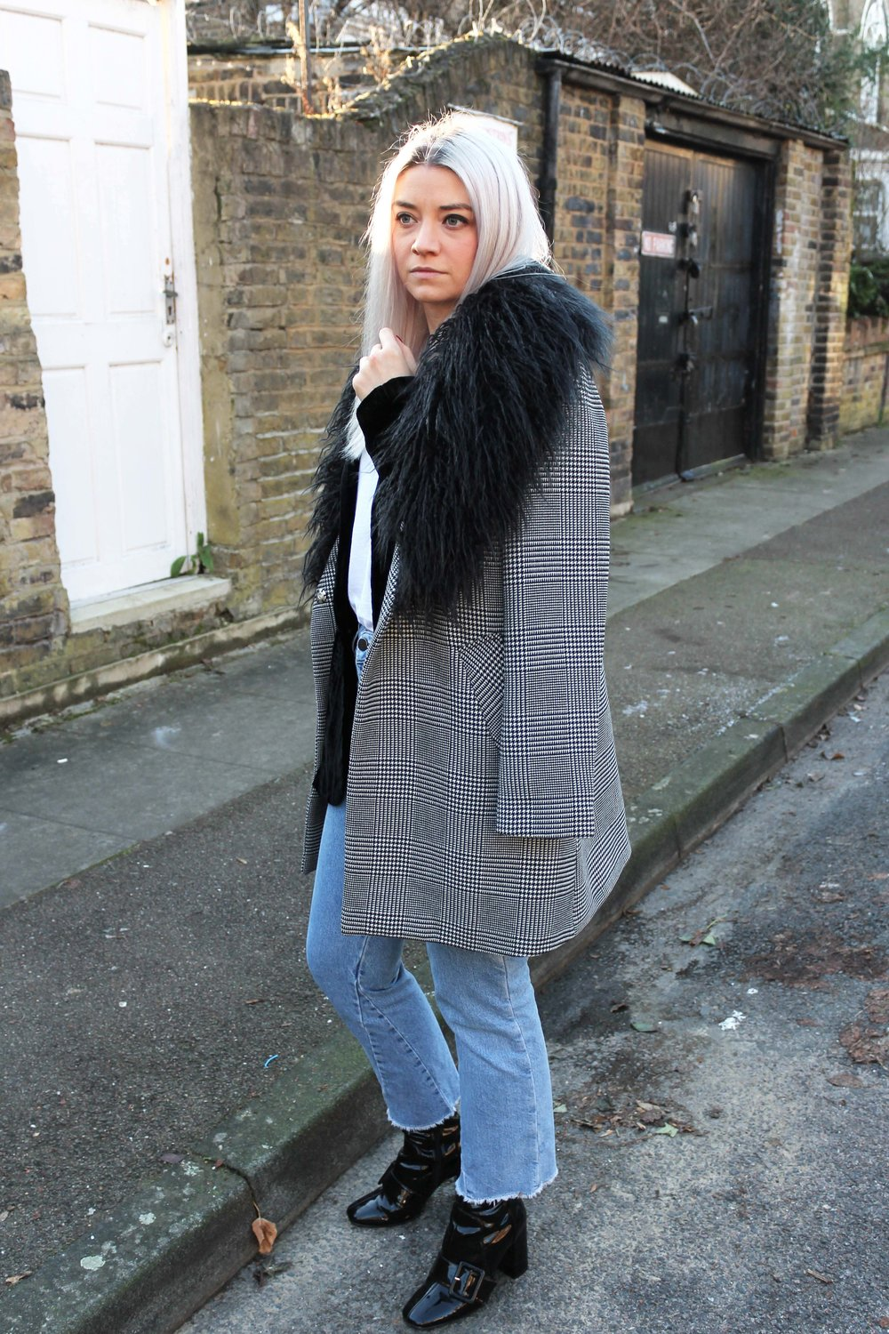 northern magpie houndstooth coat topshop jeans raw edge jeans black boots joey taylor