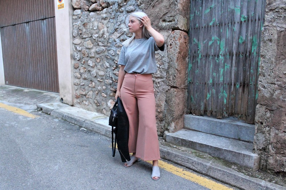 grey t-shirt, wide leg culottes, northern magpie