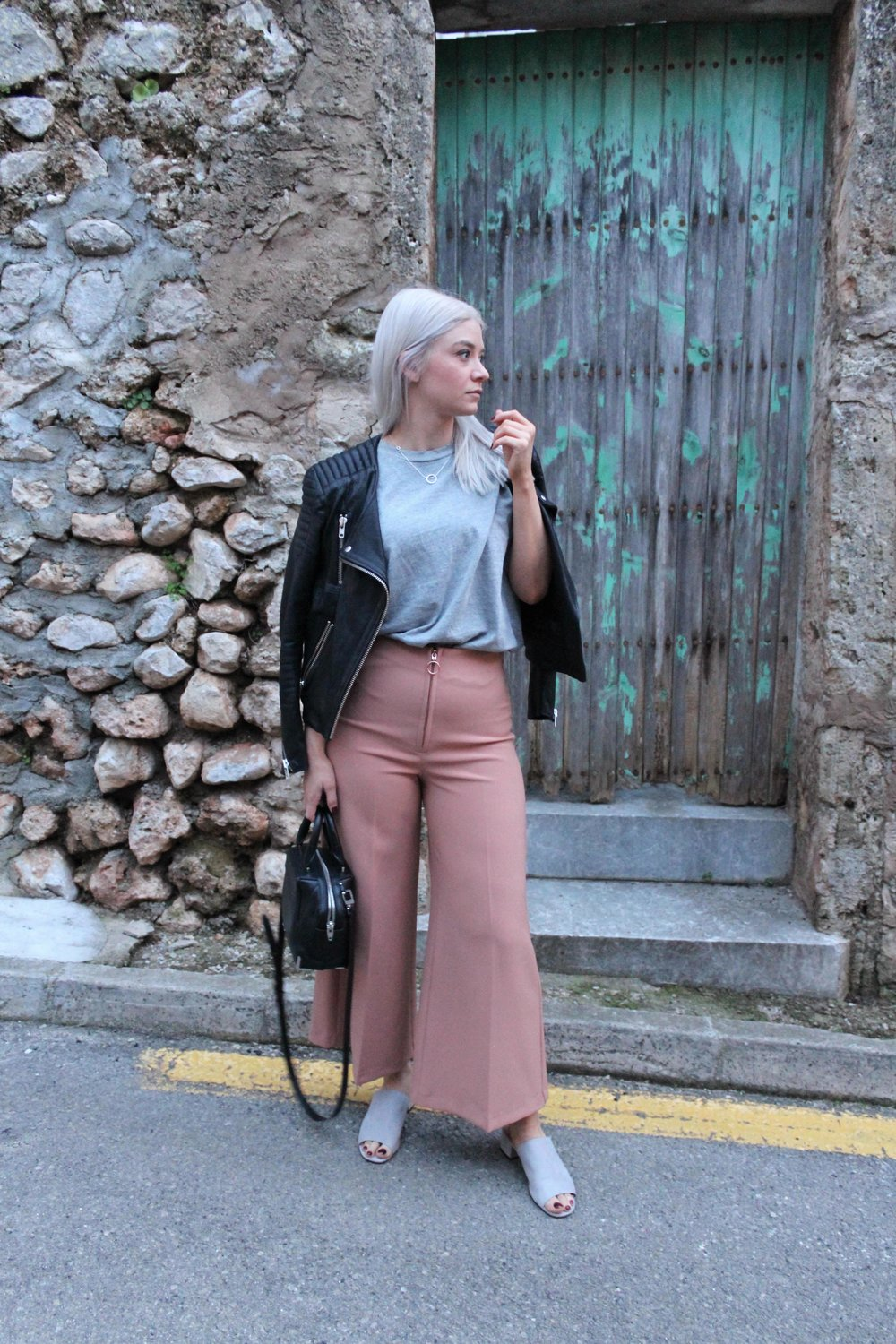 grey t-shirt, wide leg culottes, topshop, northern magpie