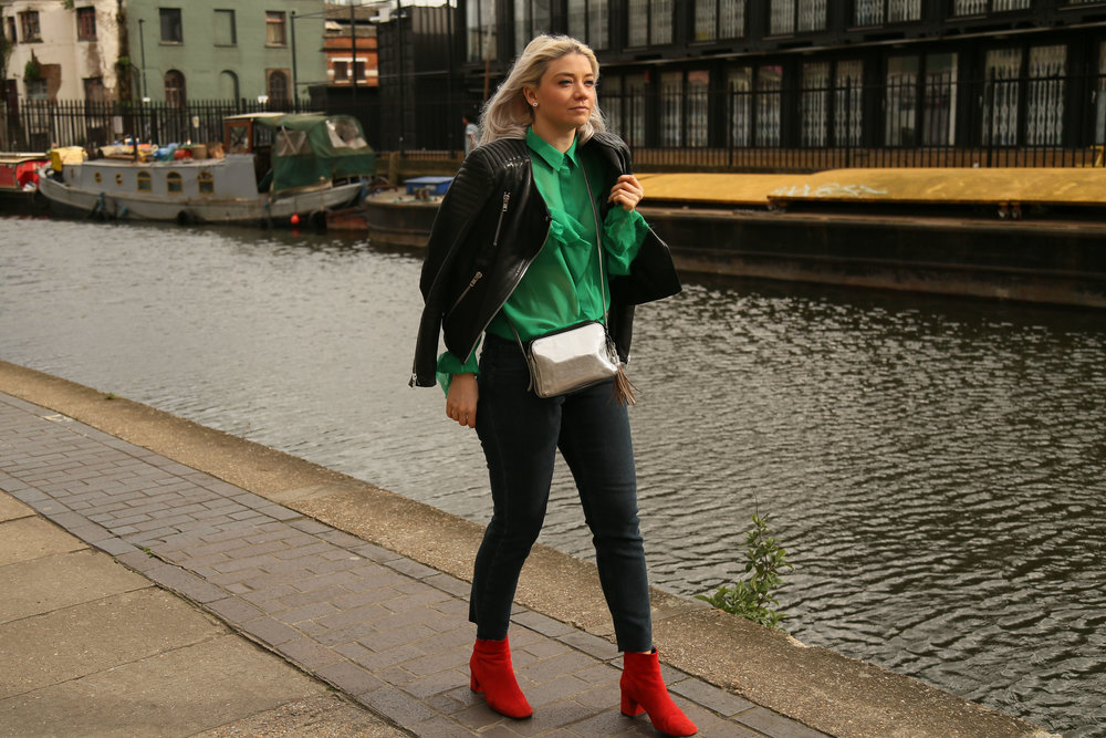 green ruffle asos shirt, raw edge jeans, red suede boots, joey taylor, northern magpie