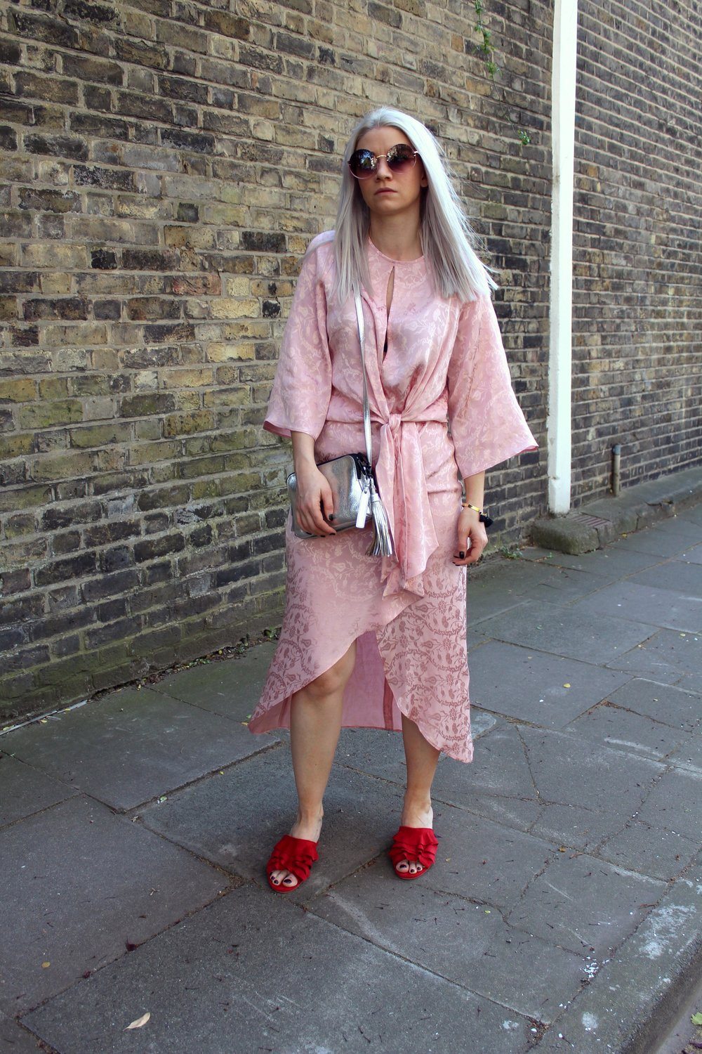 pink midi dress, topshop, red ruffle mules, silver bag, northern magpie, joey taylor