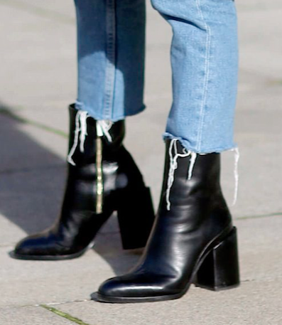 black ankle boots, august inspiration, northern magpie, jeans