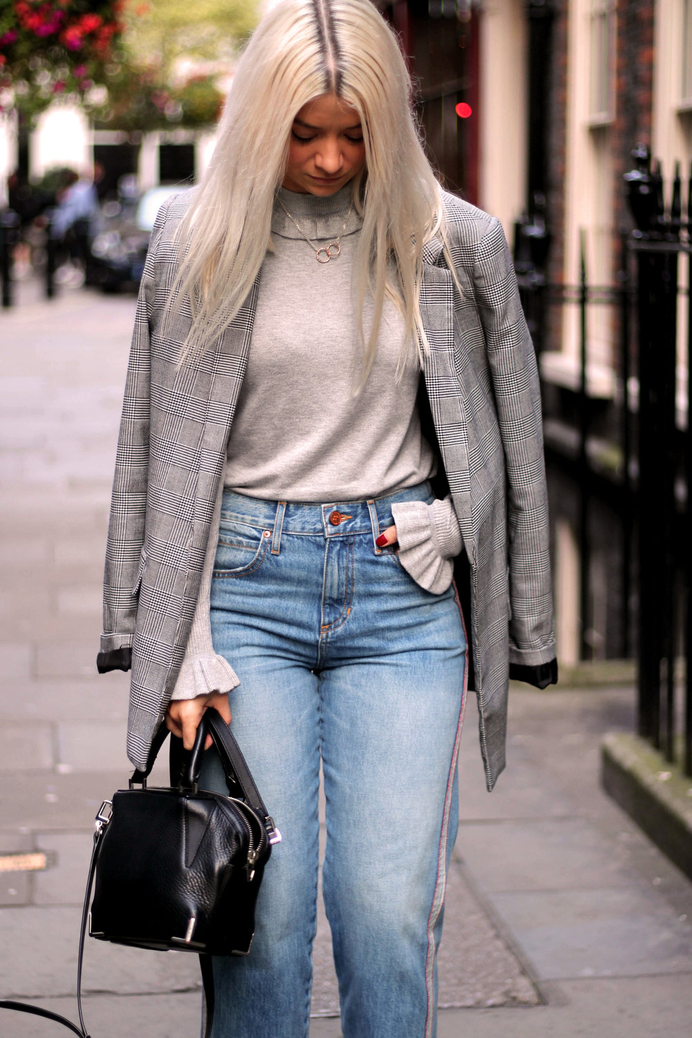 london fashion week, grey ruffle knit, and or jeans, ego boots, northern magpie 5