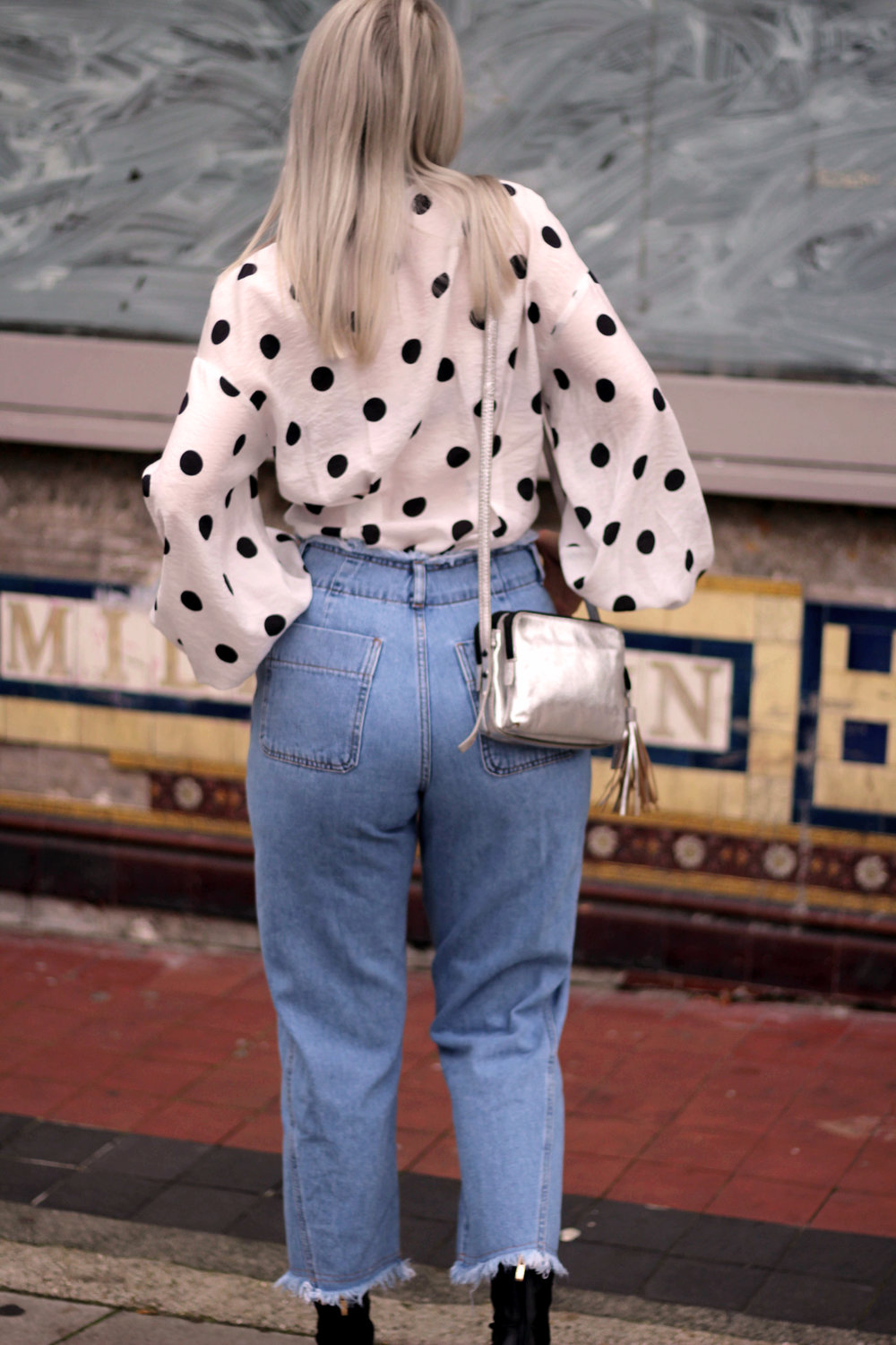 PUSSY BOW POLKA DOT BLOUSE, WIDE LEG FRAYED TOPSHOP JEANS, BLACK ANKLE BOOTS, NORTHERN MAGPIE, JOEY TAYLOR 7