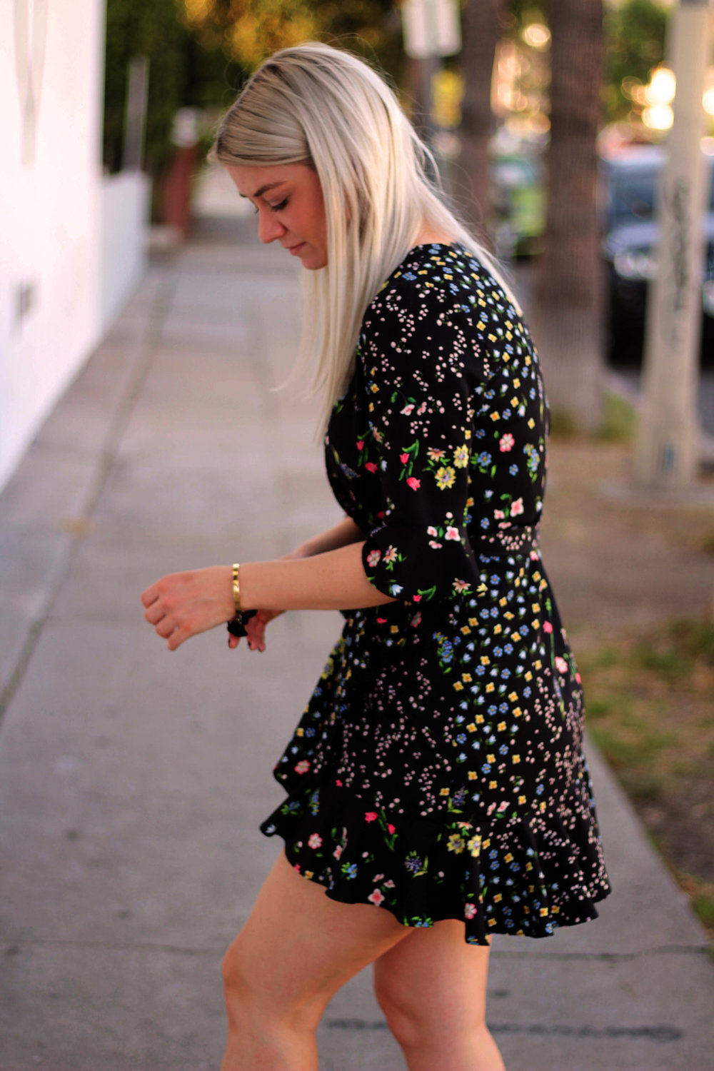 topshop wrap dress, dark floral print, silver bag, los angeles, northern magpie, joey taylor 3