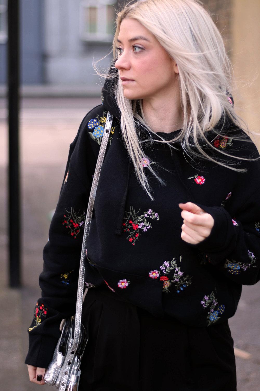 ERDEMxHM HOODIE, floral hoodie, silver boots, northern magpie, joey taylor 3