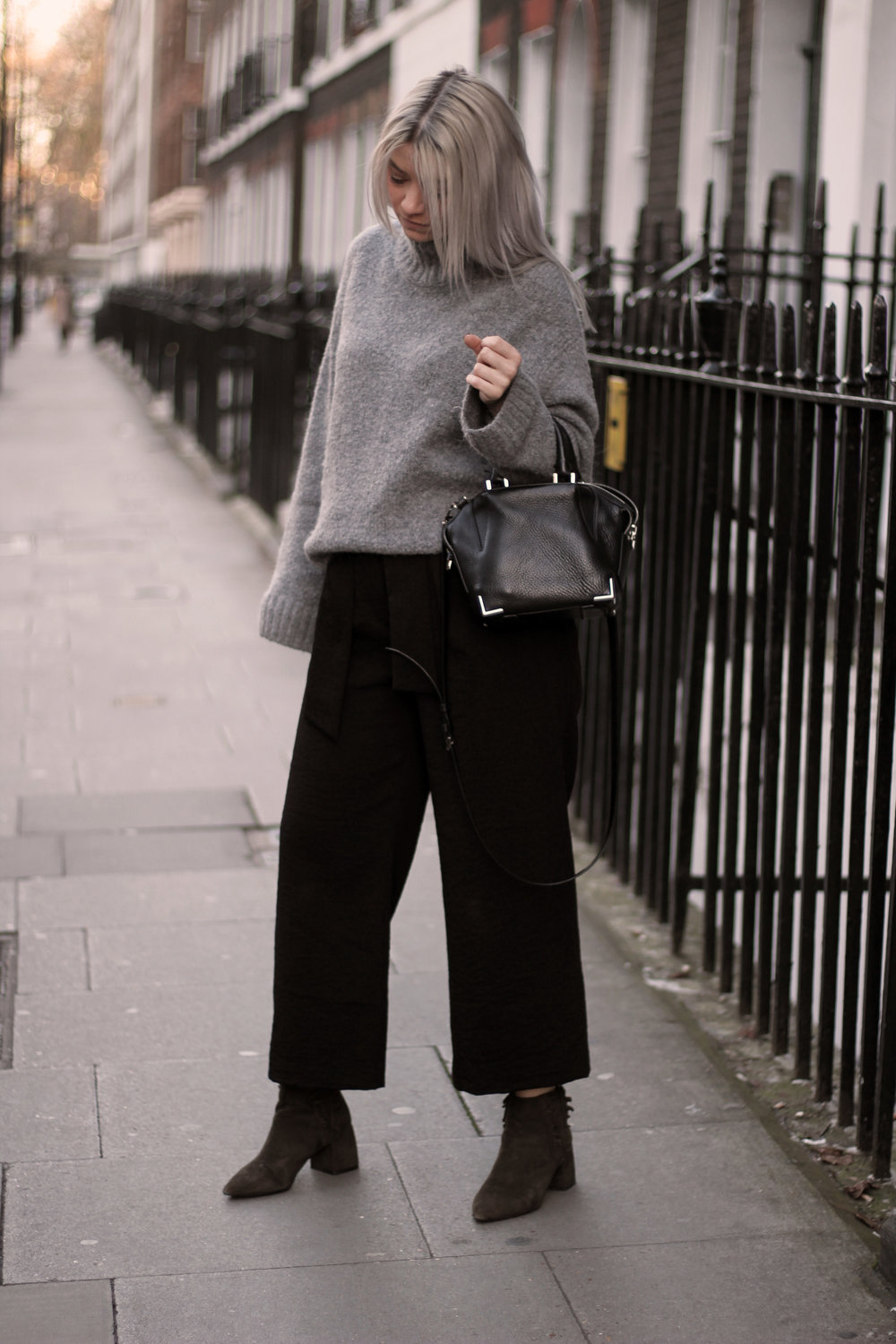 grey jumper, black trousers, suede boots, northern magpie, joey taylor 6