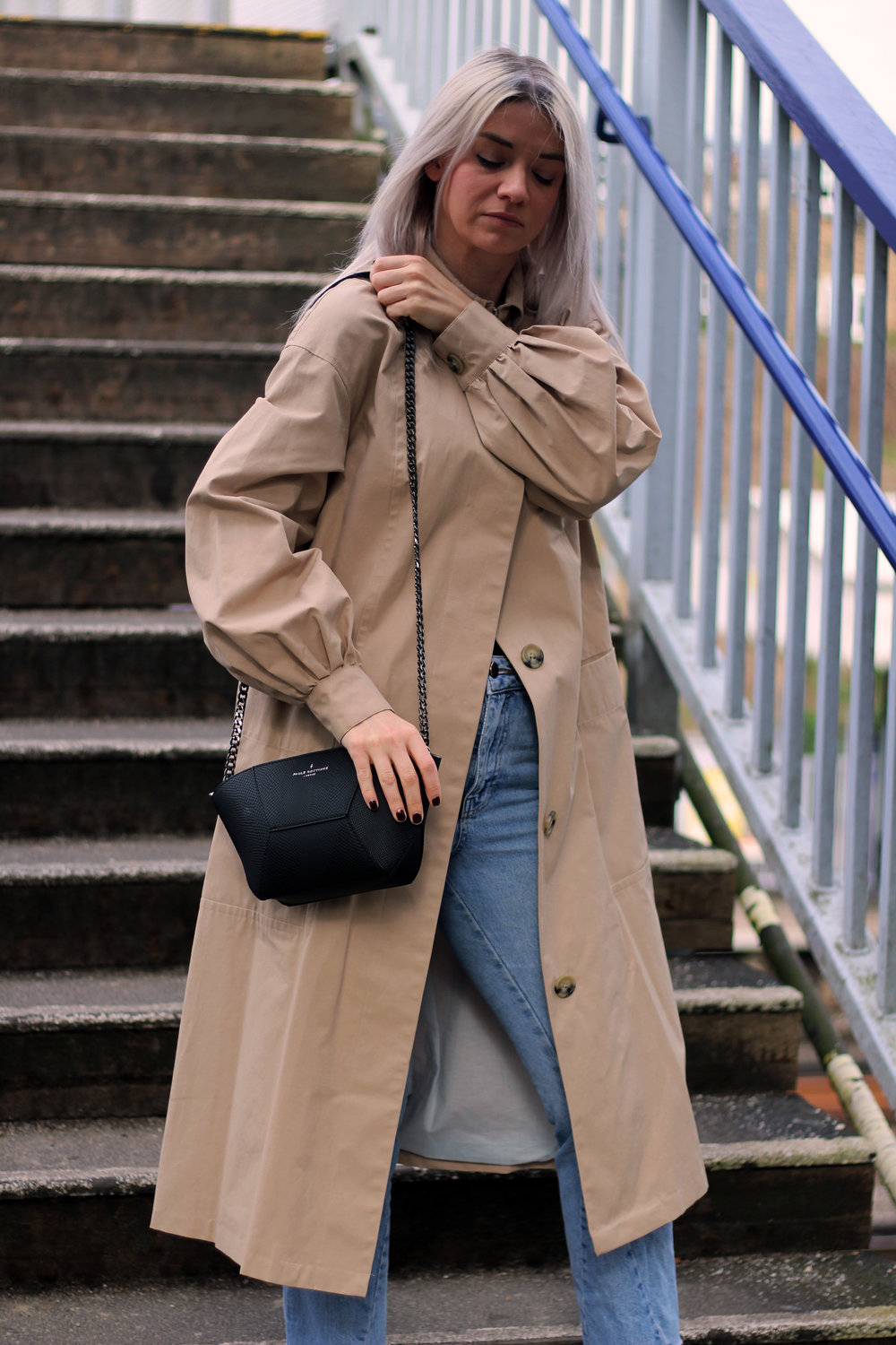 TRENCH COAT, PAULS BOUTIQUE BAG, GIVEAWAY, TOPSHOP JEANS 4