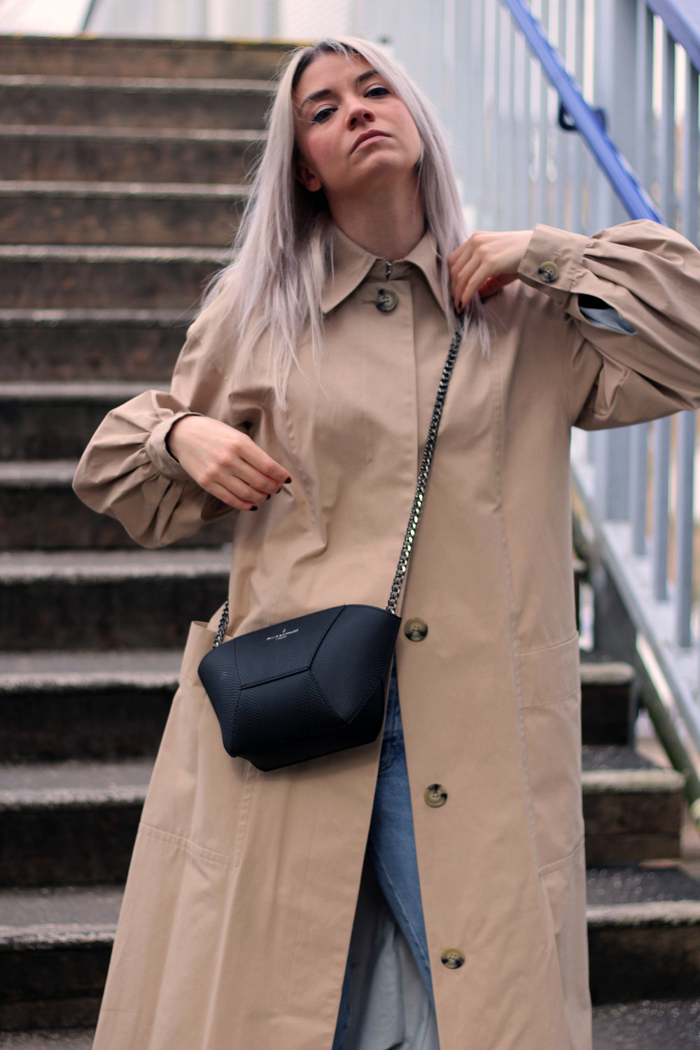 TRENCH COAT, PAULS BOUTIQUE BAG, GIVEAWAY, TOPSHOP JEANS 5