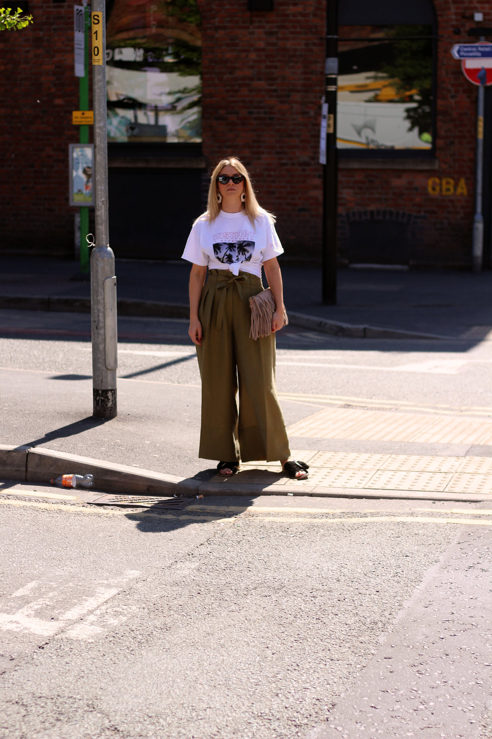 front print t-shirt, paper bag trousers, geometric earrings, manchester, joey taylor, northern magpie 4