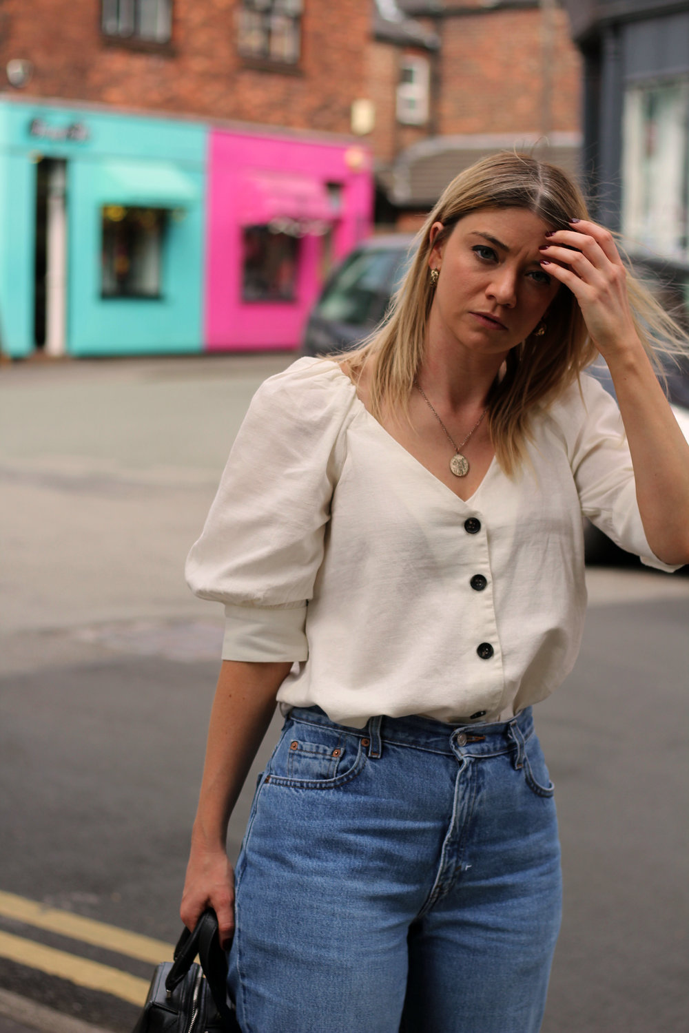 linen top, vintage jeans, northern magpie 4
