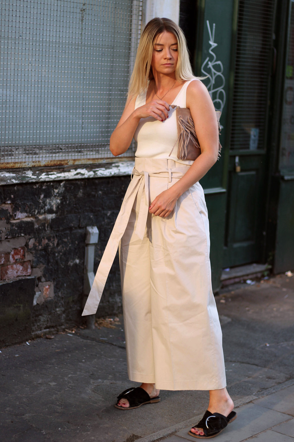 perfect ouffit for summer, Julie Pelipas, Man Repeller, northern magpie, paper bag waist trousers, tank top, joey taylor 2