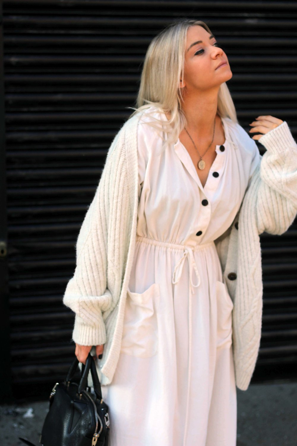zara linen dress, cream cardigan, superga trainers, northern magpie, joey taylor 2