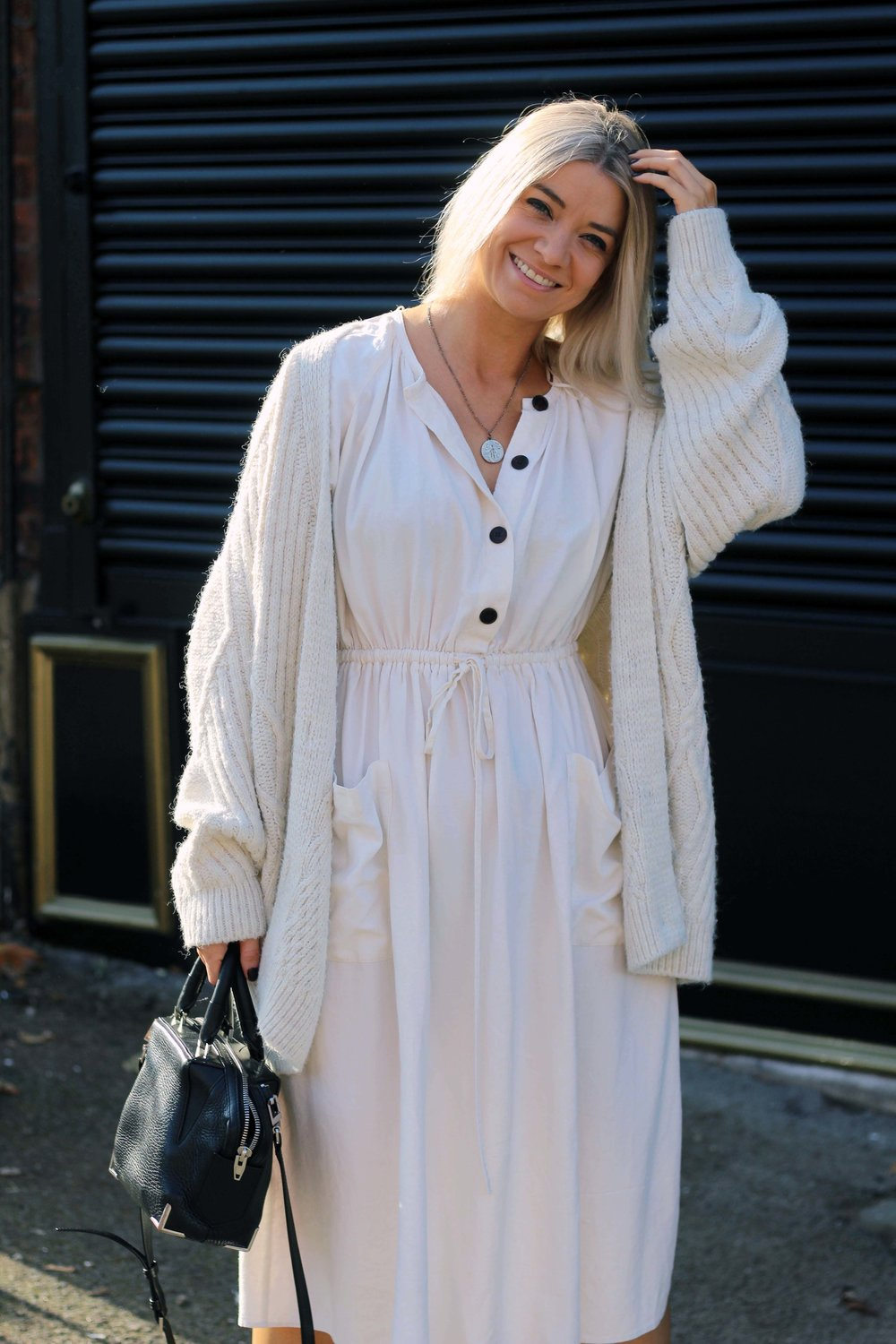 zara linen dress, cream cardigan, superga trainers, northern magpie, joey taylor 6