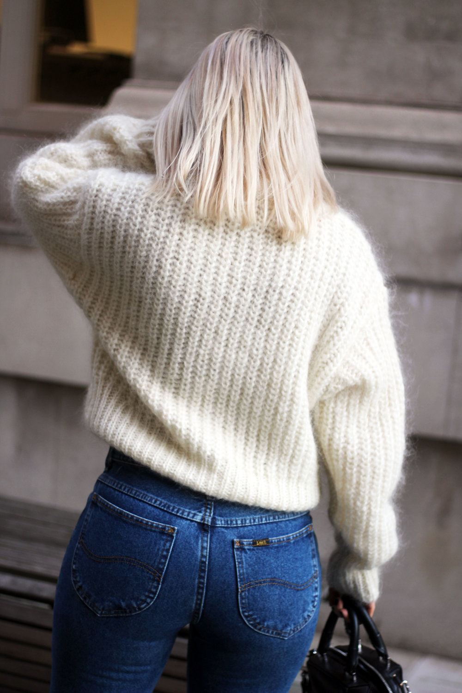 vintage jeans, Lee jeans, H&M jumper, black boots, northern magpie, joey taylor 4