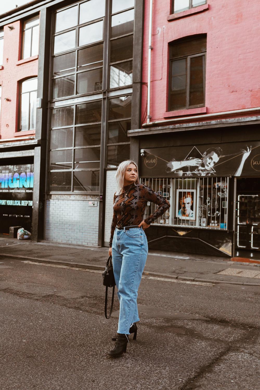 snake print, vintage jeans, black boots, oversized blazer, northern magpie, joey taylor 1