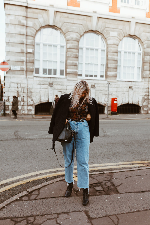 snake print, vintage jeans, black boots, oversized blazer, northern magpie, joey taylor 3