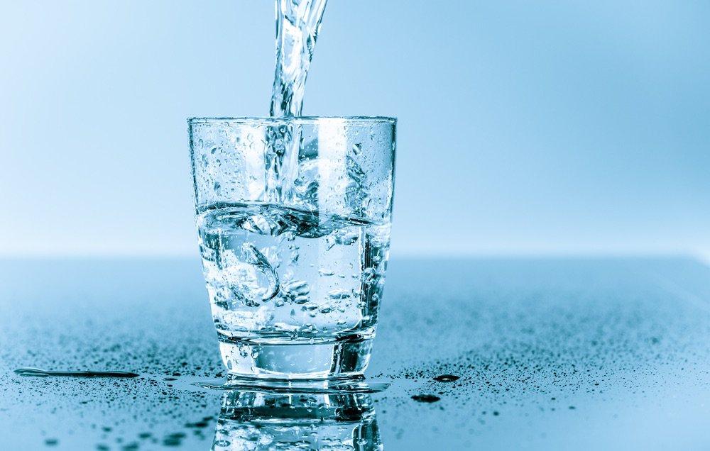 shutterstock_199262555-waterglass-1000x636.jpg