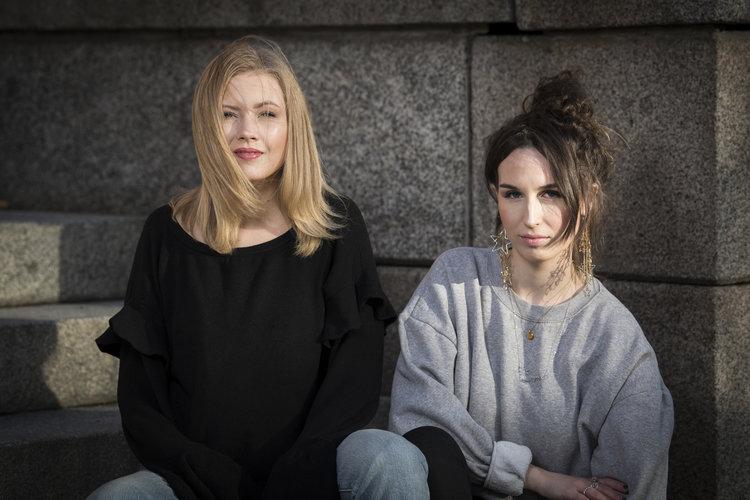 Siri Strand och Emma Westas Rödin Fotograf: Magnus Aronson