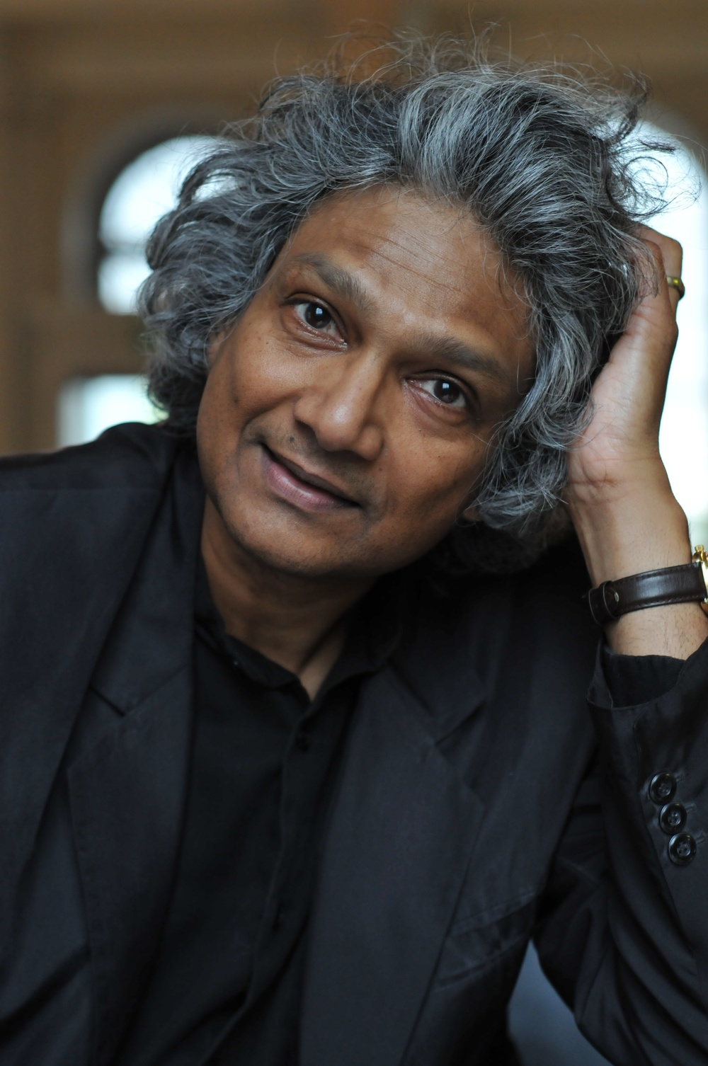 Romesh Gunesekera author photograph by Yemisi Blake