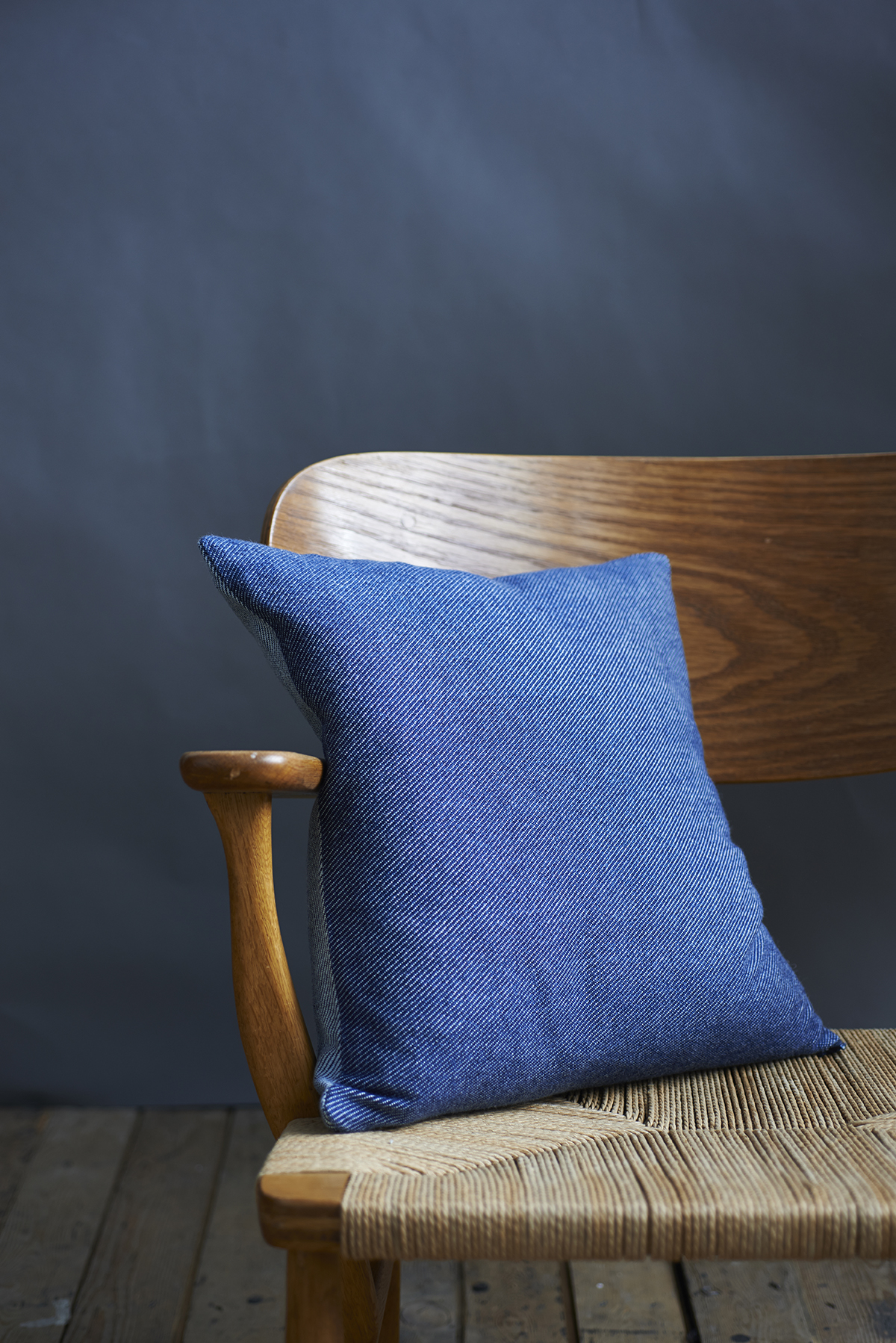 56838e5abb6c 'Lane x London Cloth' Indigo Cotton Cushion — Lane