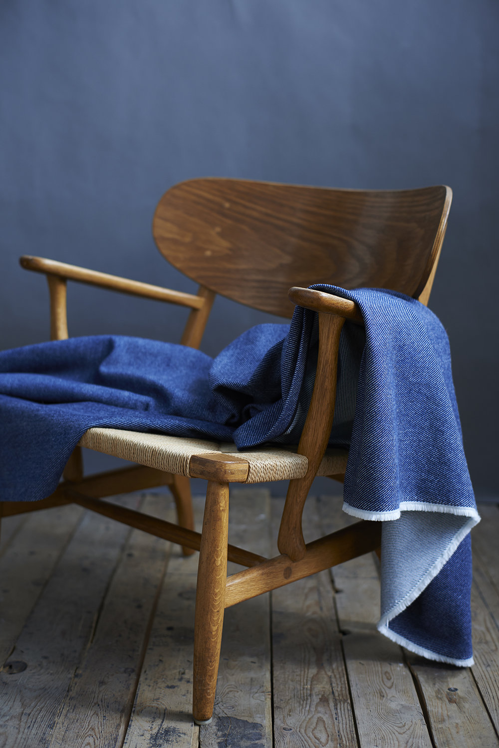 'Lane x London Cloth' Cotton Throw Context 1 LR.jpg