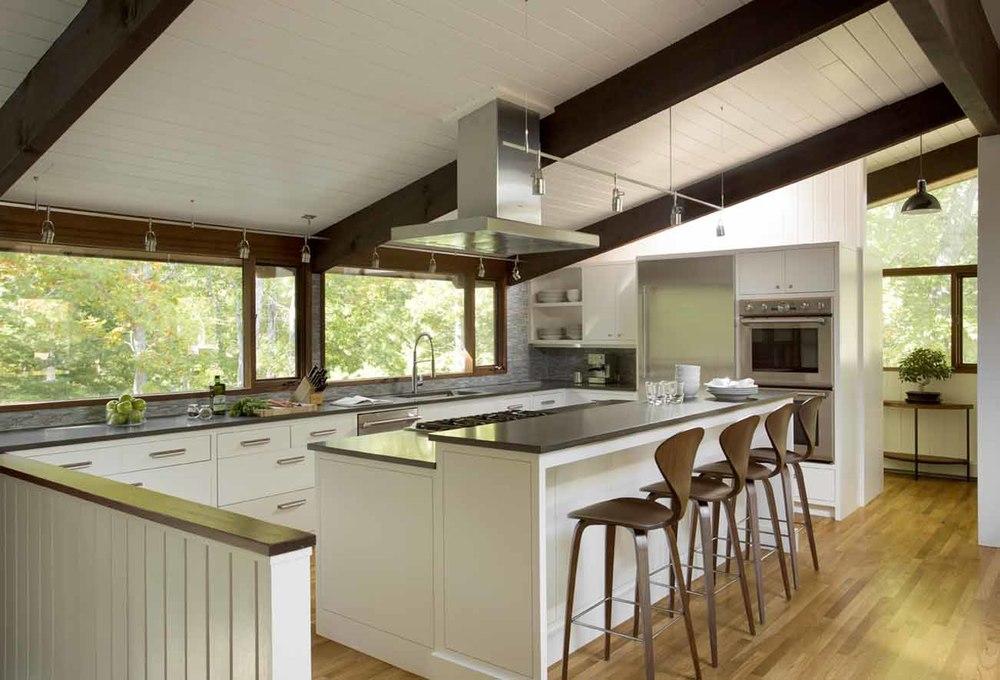 Lambert 39 s cove martha 39 s vineyard interior design for Acorn house designs