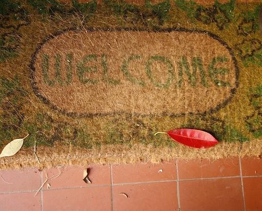 welcome-705102_640.jpg