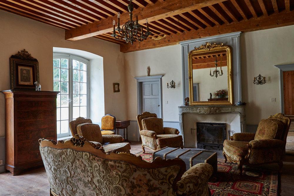 Living_Room_2_00164.jpg