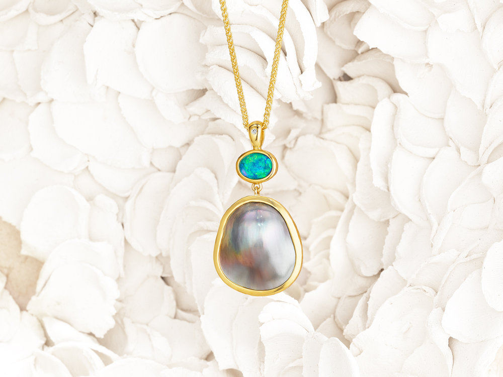 Thesis-Gems-mabe-pearl-and-opal-pendant-Zoom-out.jpg