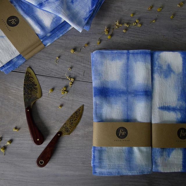 Packaging up our #shibori napkins and lots of other goodies for our table at the @shwickmarket holiday fair this Saturday. Hope to see you there 🌲❄️🎁