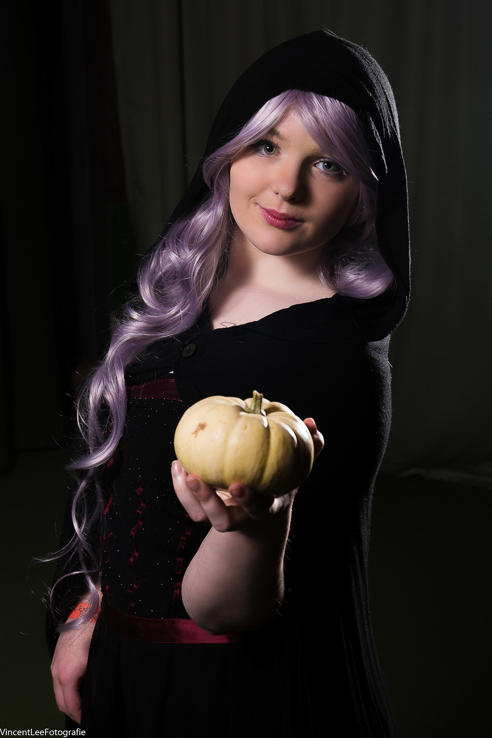 Wisteria cosplay