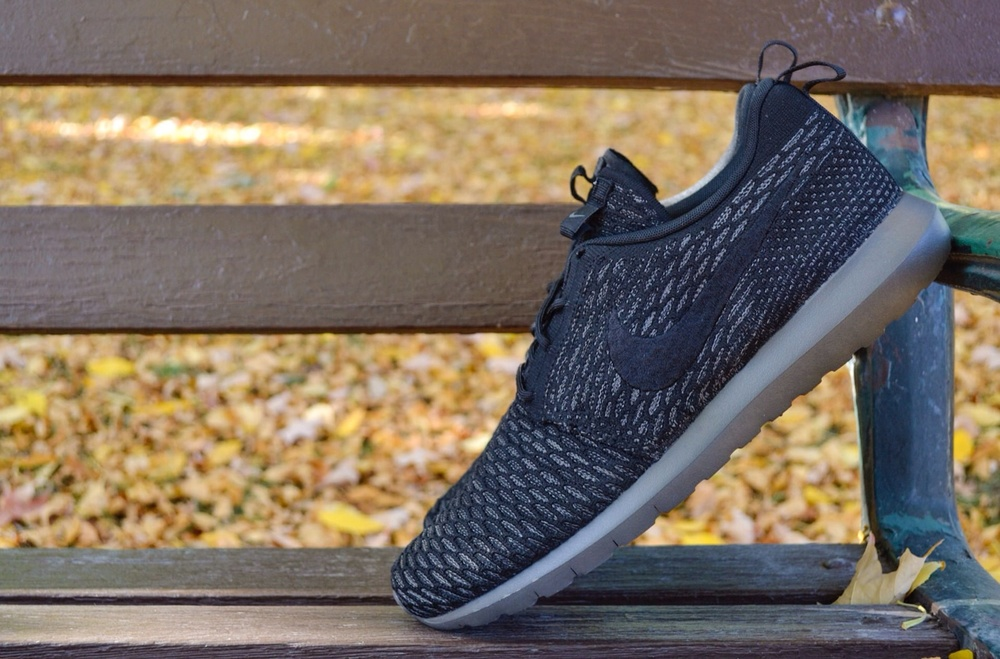 The new hybrid Roshe Run from Nike combines a flyknit upper and with a  Natural Motion Roshe Run outsole.