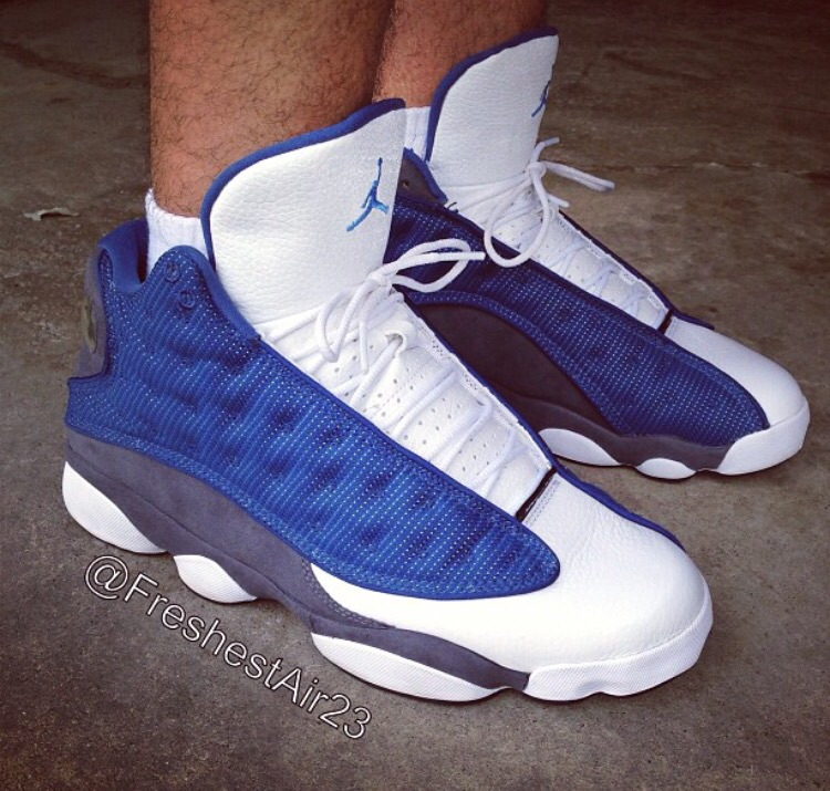 An on foot look at the 2010 version of the Air Jordan 13 Flint.