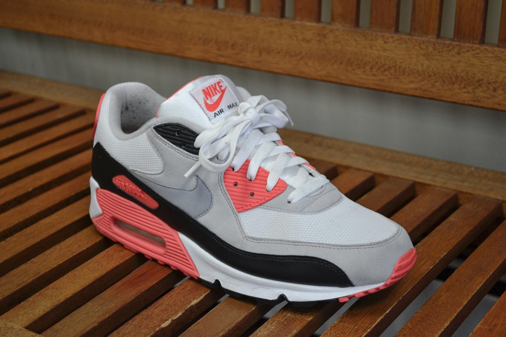 An up close look at the Nike Air Max 90 Infrared.