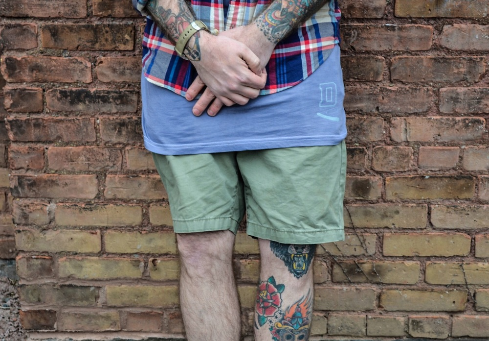 KC Carvill seen here in the DBSMC Custom Hand Dyed Straight Razor Layering Tee.