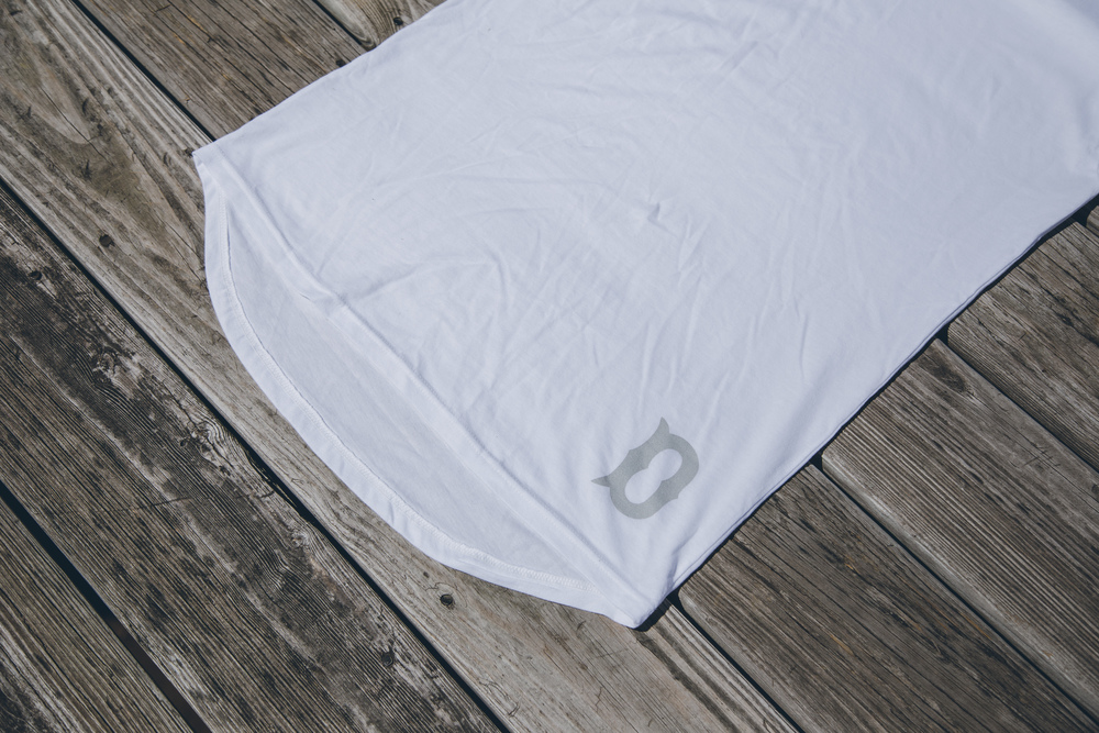 DBS Boys Of Summer Long Scoop Tee - White