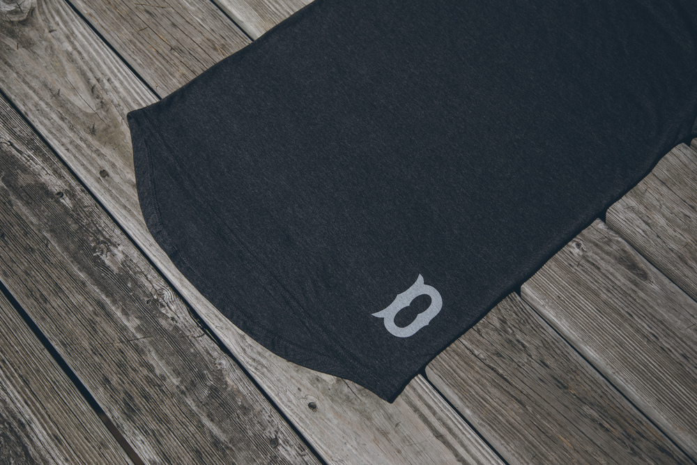 DBS Boys Of Summer Long Scoop Tee - Charcoal