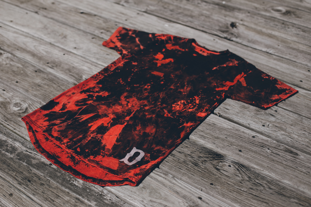 A little preview of the hand dyed DBS Boys Of Summer Long Scoop Tee.