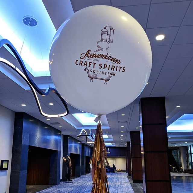 Enjoyed volunteering, learning, and tasting at the @craftspiritsus convention last week! 🥃🍸 . . . . @dampfwerkdistillery @loonliquors @avilauniversity #istillautomation . . . #craftonice #ACSA #theminnesotatoast #craftspirits #ACSA2019 #hyattregencyminneapolis #minneapolis #minnesotadistillers #mncraftspirits #americancraftspirits #madeinmn #minnesotatourism #todaystreasures #citytocity #magicmoments #gindistillation #applebrandy