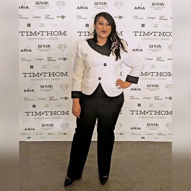 My favorite fashion night of the year, #BlackHeartsBall🖤🖤🖤 . . . . Presented by @timplusthom and now part of @blackfashionweekmn . . . Capsule designers: @theafashion224 @ephemdesign @mercedesbergmandesigns @malachiteleather @diaysdesigns . . . Featured designers: @samanthareiofficial @byhitomik @cobileejwest . . . #TIMplusTHOM #BFWMN #MNOpera #LocalFashion #ElevateEducate #twincitiescollective #twincitiesbloggers #onlyinmn #mplspeople #ariampls #mnfashion #madeinmn #myMN #northloop #minnesotamade #mnmade #minnesotamaker #minnesotaart #madeinminnesota #shopMN #minnesotastyle #twincitiesblogger #mplsstyle #minneapolisstyle #minnesotablogger #mplsfashion #mnbloggers #magicmoments