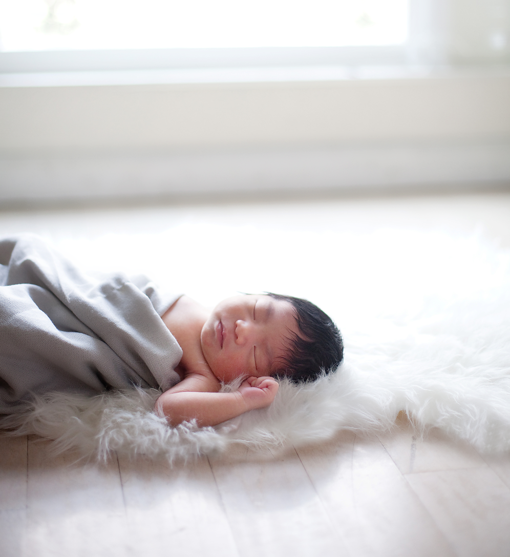 newborn-photographer-ventura-county.png