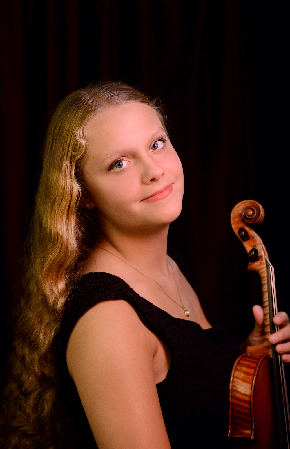 Violinist Lily Mell