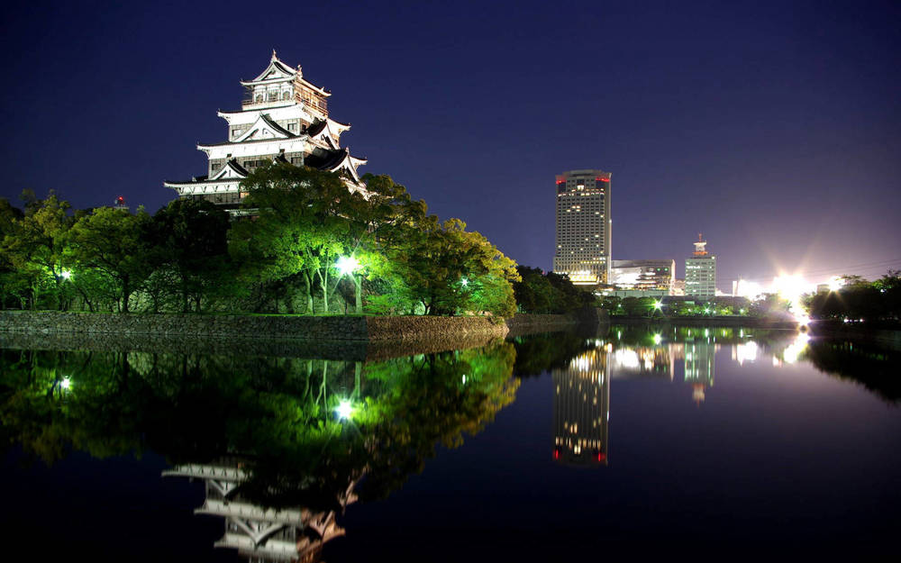 Explore the incredible hilltop templeswhile living in this commercial and cultural hub of Japan