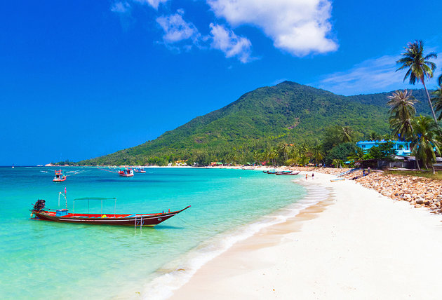 Chill out on this laid back Thai island, learn to scuba dive, and drink beer and play cards on the beach at night