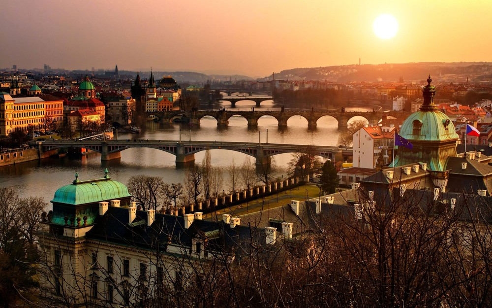 Experience one of Europe's most popular cities and enjoy some of the amazing Bohemian nightlife