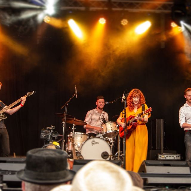 I had such an amazing time @bunkfest2018 - incredible crowd and as usual an honour to share the stage with @jacobjstoney @fredclaridge #petethomasdoesnthaveinstagram #bunkfest #livemusic #gig #folk #festival #musicfestival #music #singersongwriter #hashtagblessed