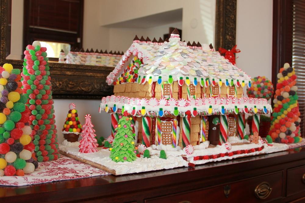 Polk House Gingerbread House.JPG