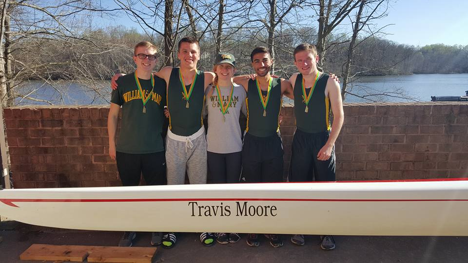The boys lightweight four champions